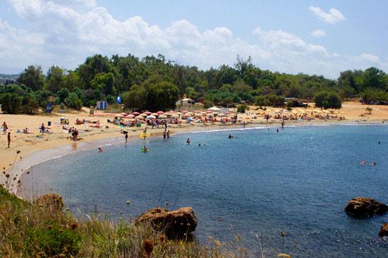 Παραλία Αγίων Αποστόλων